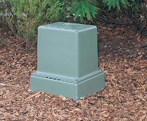 PILLAR BOX SHORT BASE VENT GREEN